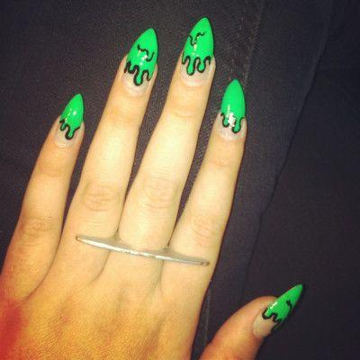 drip nail art