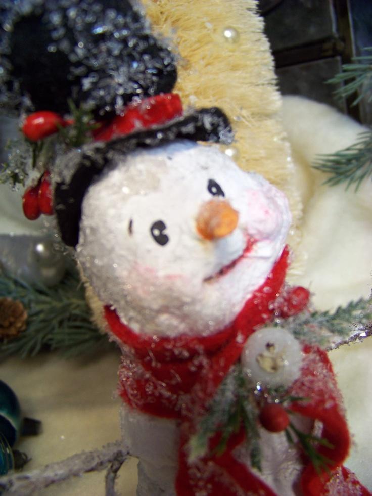Ooak sculpted paper mache folk art vintage style snowman for Paper mache christmas