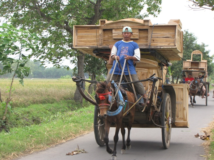 Indonesian Furniture and its transportation!