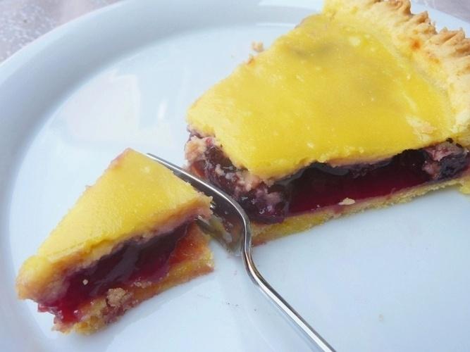 gluten-free tart cherries and ricotta - crostata senza glutine alle ciliegie e ricotta