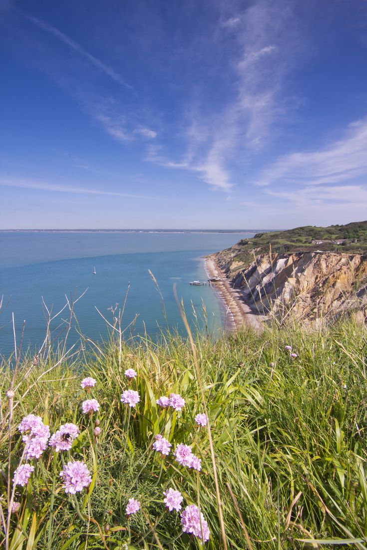 Beautiful scenery from the cliffs of Alum Bay on the Isle Of Wight!  #isleofwight #redfunnel