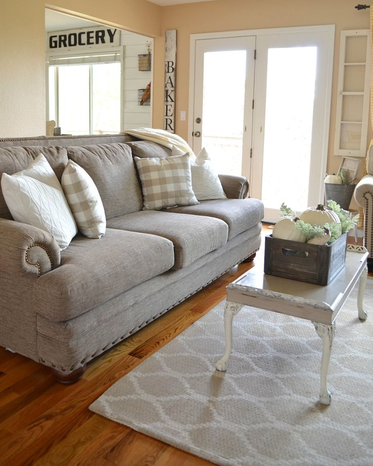 Cozy Farmhouse Living Room: Best 25+ Fall Living Room Ideas On Pinterest