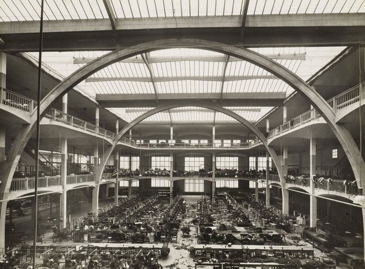 Atelier Esders, a garment factory in Paris (architect: Auguste Perret)