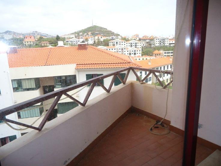 Apartamento t3 em Câmara de Lobos, preço 90.000€ a poucos metros do centro da Cidade, facilidades pagamento, financiado a 100% pela Banca... venha ver 963701529 ou visite www.decisoesvibrantes.com
