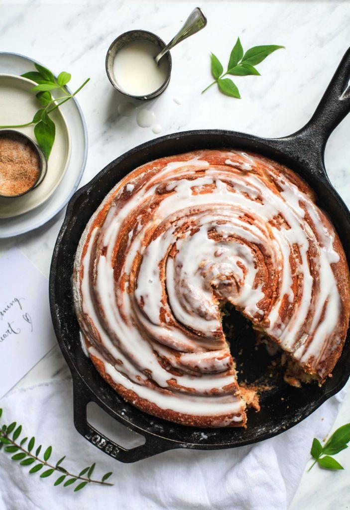 Rezept Riesen Zimtschnecke giant cinnamon roll skillet cinnamon roll hefeteig zimtkuchen zuckerzimtundliebe