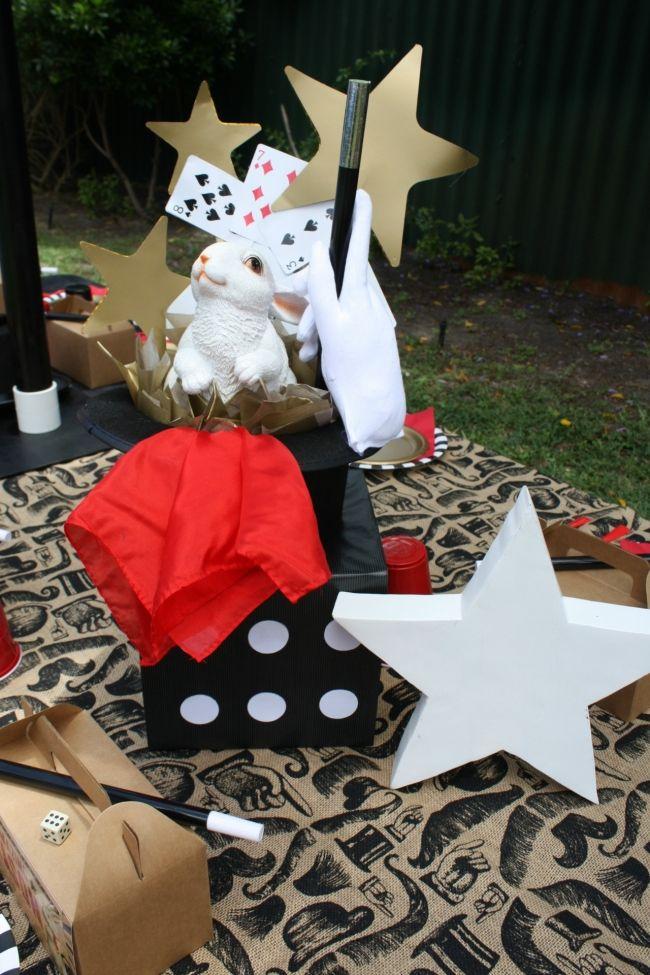 Magic Themed Boys Birthday Party Table Centerpiece Ideas