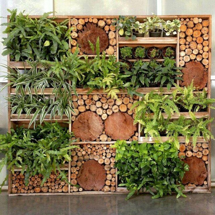 Beautiful Vertical Garden Ideas: Minimalist Balcony With A Beautiful Vertical Garden