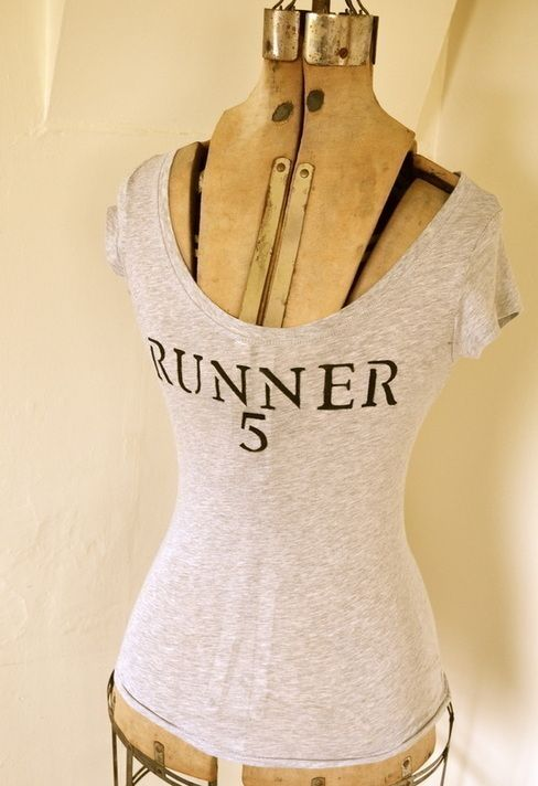Zombies, Run! Stencilled T Shirt.  For those who Zombie Run!