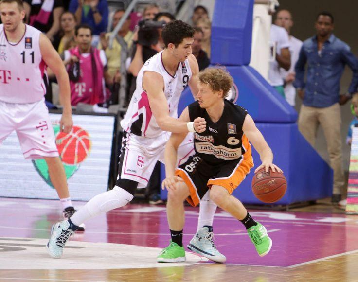 Angelo Caloiaro Telekom Baskets Bonn vs Per Günther ratiopharm Ulm Playoffs Viertelfinale Spi