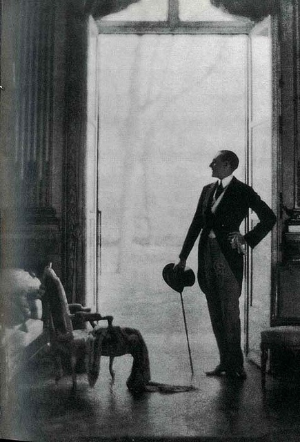 Le comte Etienne de Beaumont; photo by Adolph De Meyer