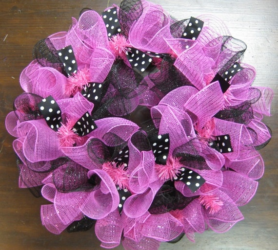 Mesh Wreaths by DancingintheSun on Etsy, $45.00 linda-likes