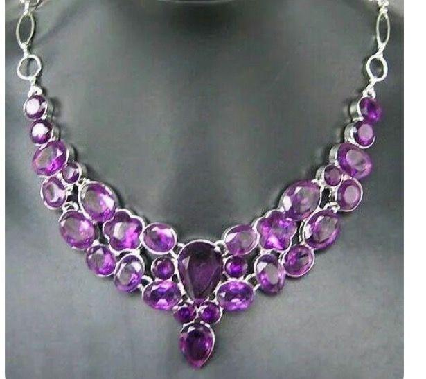Pretty purple necklace
