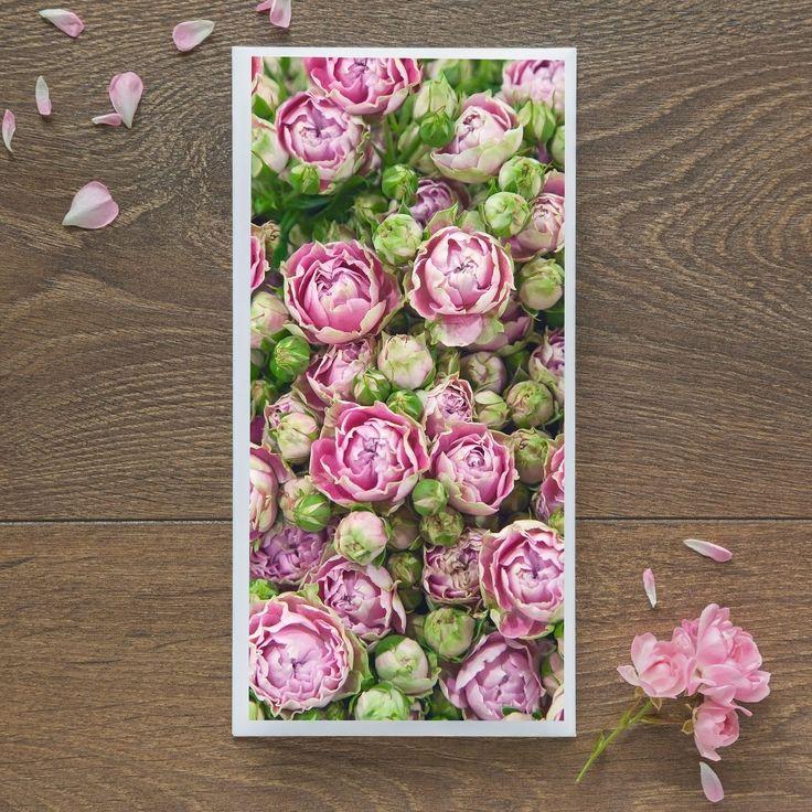 Single Blank Card by landscape photographer Nina K Claridge - Spray Roses