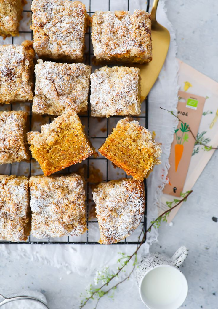 Streusel Karottenkuchen Möhrenkuchen rübli torte rüblikuchen ostern backen rezep …  – {Meine Zuckerzimtundliebe Blogrezepte}