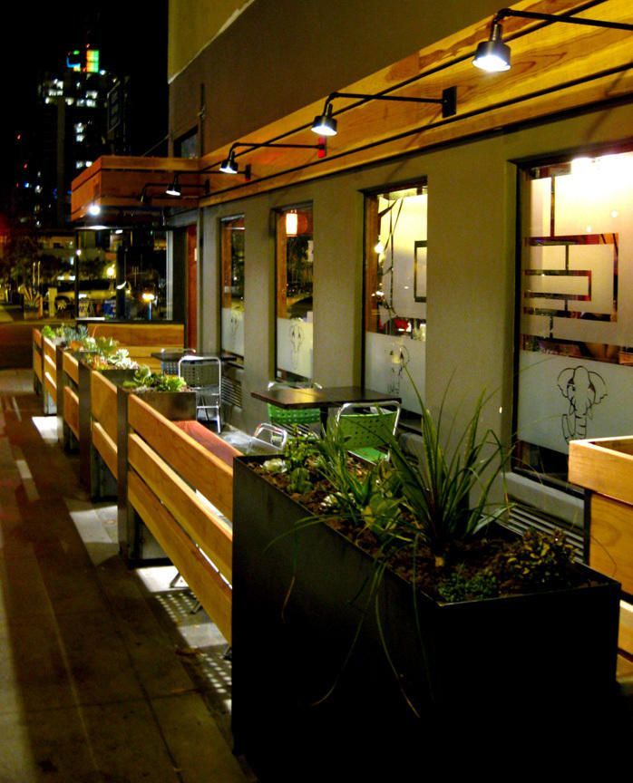 Best 25+ Restaurant Patio Ideas On Pinterest