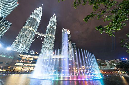 ethangirardphoto:  Petronas Towers - Kuala Lumpur, Malaysia