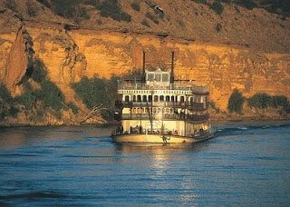 Paddle Steamer on the River Murray - great get-away!