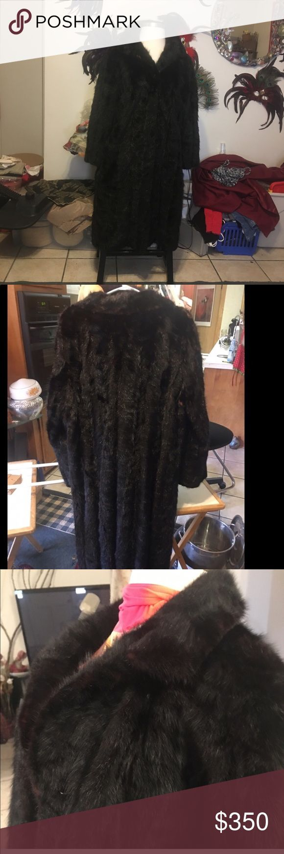 MINK COAT FULL TAIL PELTS IN V DESIGN Beautiful glossy elegant there is not enough adjectives to describe this lived and cared for Mink Made ti my measurements when I was a size 18. New lining Jackets & Coats