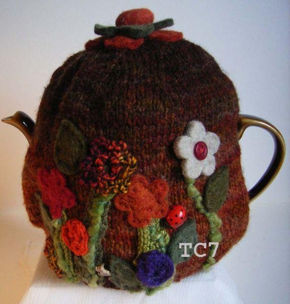 Campervan Tea Cosy Knitting Pattern : Hawthorne Cottage - Tea Cosy Gallery Tea Cosies....felt Pinterest Cotta...