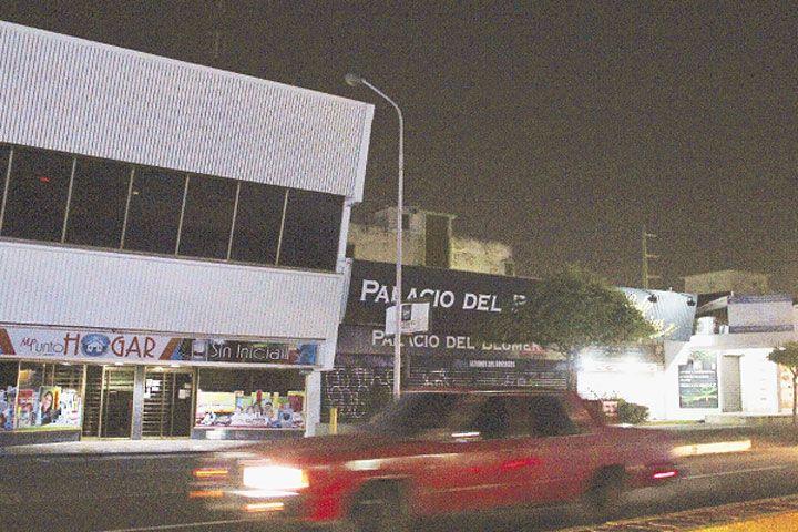 """FOTOS: Zonas de Maracaibo oscuras como """"boca de lobo"""""""