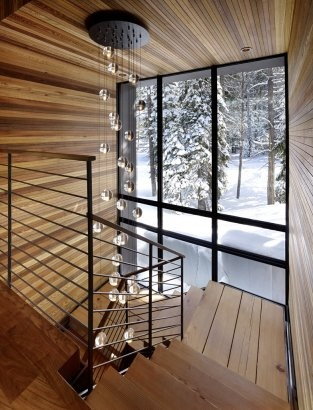 Stylish snow chalet.Feng Shui, Stairs, Lights Fixtures, Staircas Design, Sugar Bowls, Mountain Cabin, Architecture, Modern Staircases, Modern Interiors