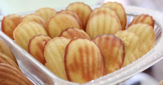 Recette de Madeleines au citron Dukan. Facile et rapide à réaliser, goûteuse et diététique. Ingrédients, préparation et recettes associées.