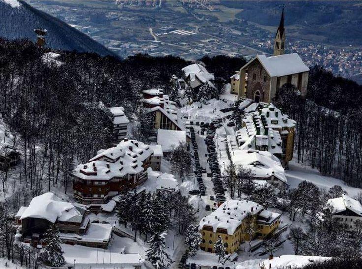 Il fascino del villaggio di Pian de' Valli al #Terminillo (#Rieti) #Lazio @Italy_it  ph. #Alec