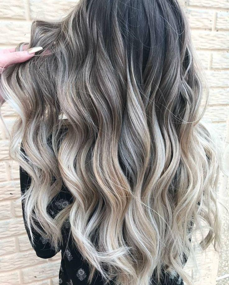 "Gefällt 2,588 Mal, 18 Kommentare - Fanola Professional USA (@fanola) auf Instagram: ""Dimensional blonde by @anna_hairslave using the Fanola No Yellow Shampoo. Tag a friend who love…"""