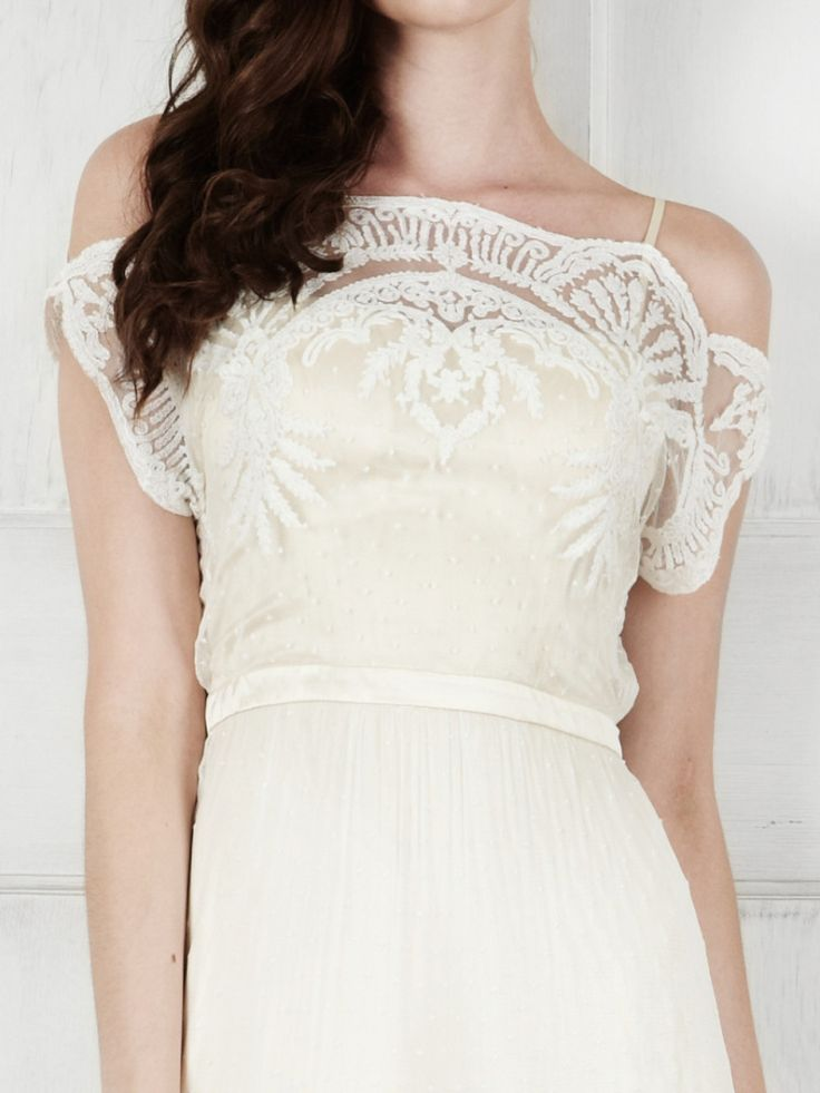 581 best wedding dresses with sleeves images on pinterest for Casual mountain wedding dresses