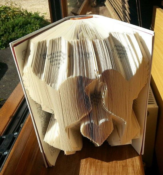 Hey, I found this really awesome Etsy listing at https://www.etsy.com/listing/206634403/book-folding-pattern-for-love-birds