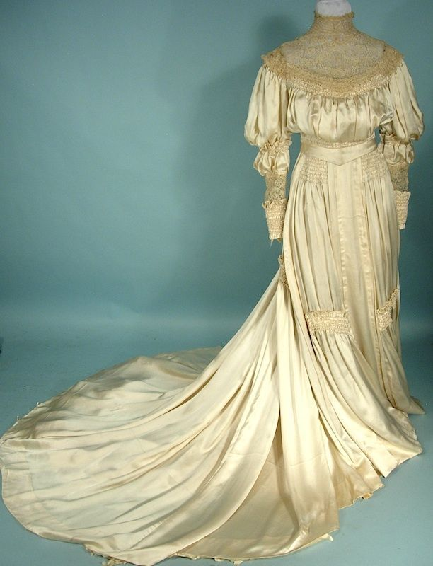 ca 1905 silk satin charmeuse and hand made lace wedding gown. | moda