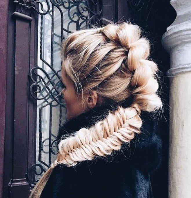 Unglaublich weiblich: Angesagte Frisuren für lange Haare