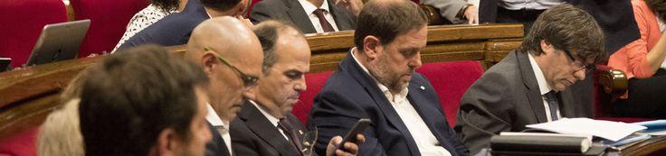 El Govern convocará esta noche el referéndum y Rajoy y Sánchez se citan este jueves para responder al 1-O