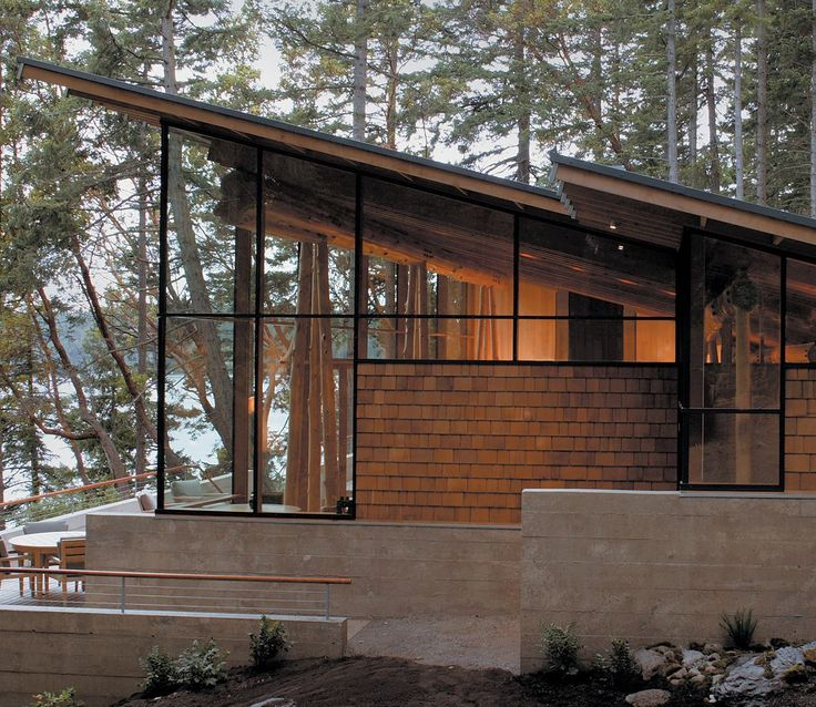 Cutler anderson architects hard 2 pole shingles withstand for Anderson architects