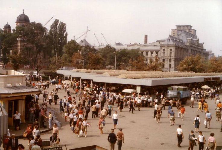 Piata Unirii 1987 - (Facebook - Bucurestiul Secret)