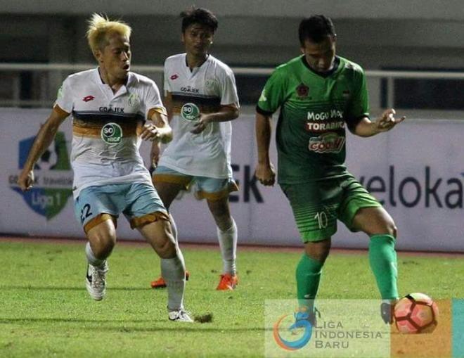 Covesia.com- Pekan ke-25 Liga 1 kembali akan menyuguhkan laga sengit dengan mempertemukan dua tim yang tengah berjuang di papan bawah, Persela Lamongan kontra...
