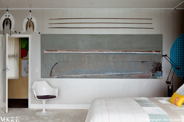 Home of Ann Lewis, AO via Vogue Living Blog. Walls painted in Duchess Satin 'Ambassador Stirling'