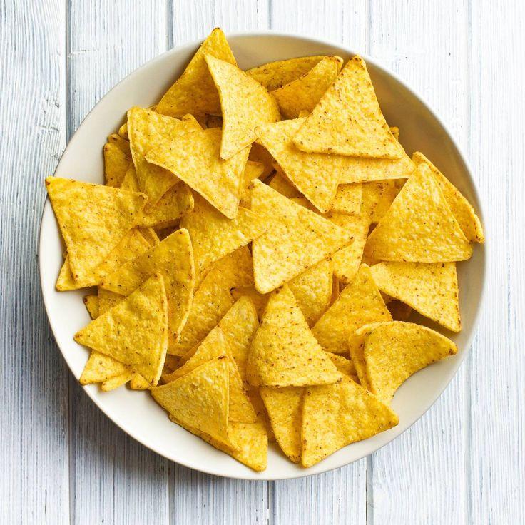 Triangolini di mais al formaggio e pepe nero