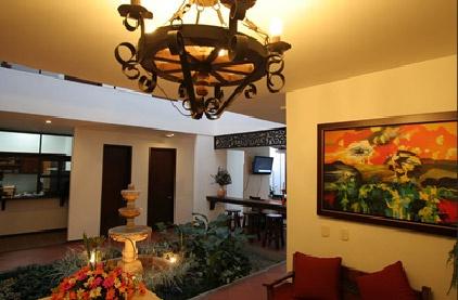 El lobby del Hotel San Antonio, el mejor Hotel de la ciudad de Cali