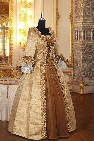 Baroque Renaissance Dress Handmade in Velvet and door YourDressmaker