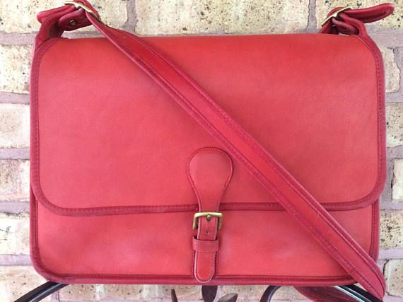 Rare Coach letter brief in red - 1970s vintage Coach