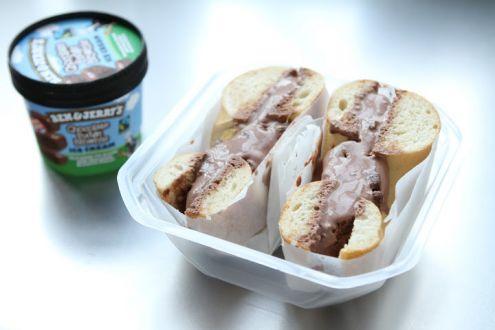 Lo sapevate che i bagel si possono farcire con il gelato