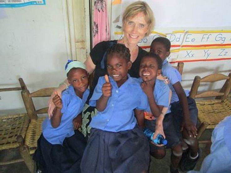 Registered Art Therapist Dianne Tennyson Visited Haiti In May With The  ArtReach Foundation: Art Mission