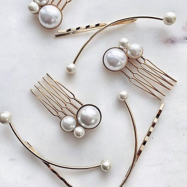 • LELET NY • The Alison Pearl Comb and Calder Pearl Bobbi • The perfect hair accessory • #hairaccessories #hair #hairstyles #weddinghair #wedding #engaged #bride #weddings #weddingdress #weddinggown #weddinginspiration #leletny #oneday #onedaybridal #weddingaccessories  #Regram via @onedaybridal