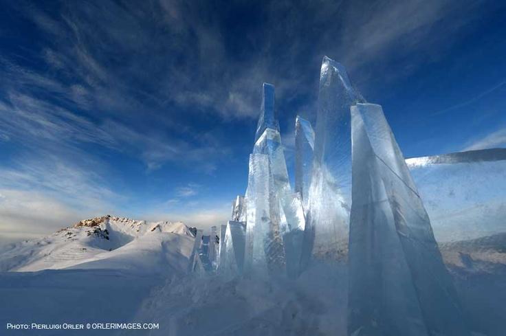 Photo Pierluigi Orler - Ice Skyline art installation by Marco Nones - Dolomiti Unesco RespirArt Pampeago