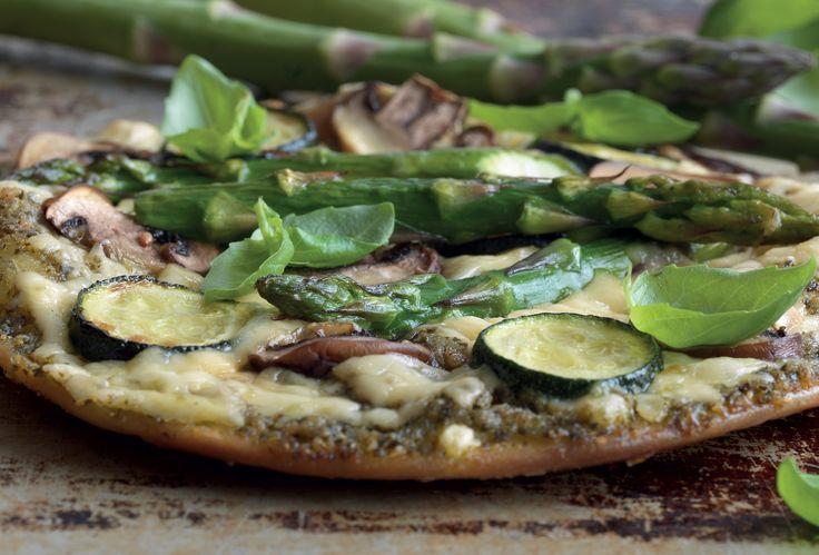 Pestopizza med grön sparris och squash   Santa Maria