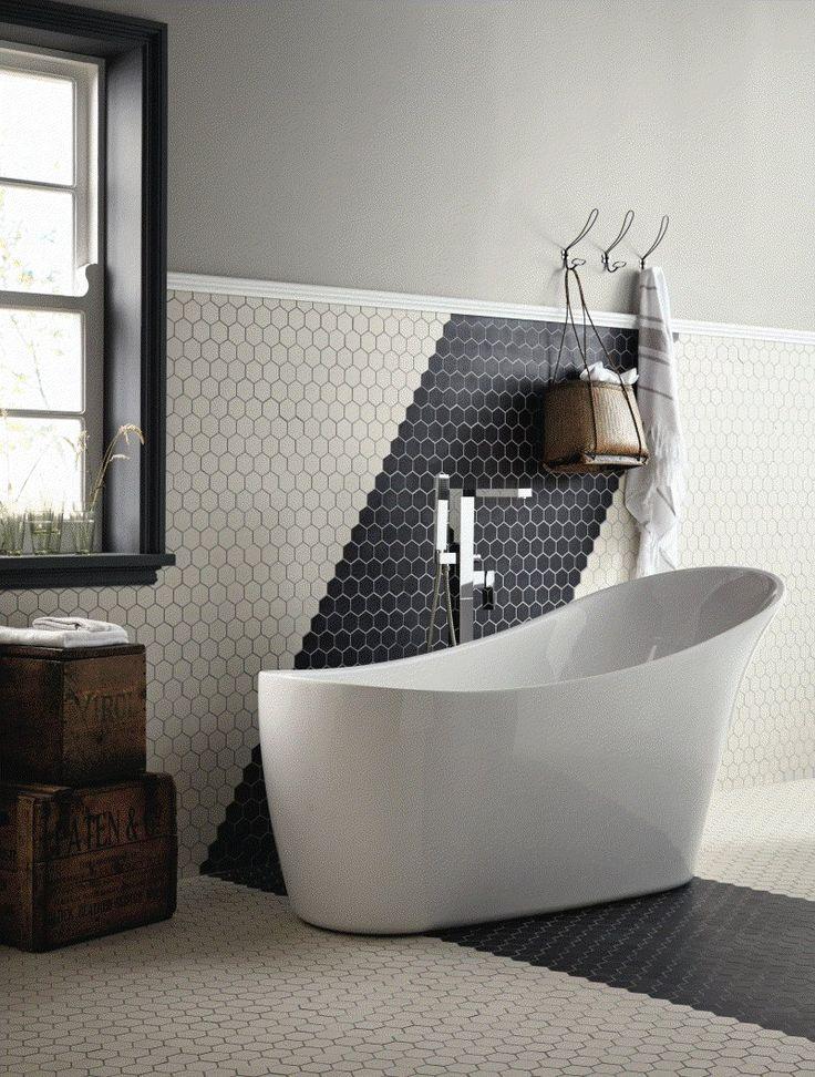 Fritstående badekar Aurea, fremstillet i akryl, er elegant klassik med tilpas lethed og design så det passer helt perfekt også i nyere badeværelser.