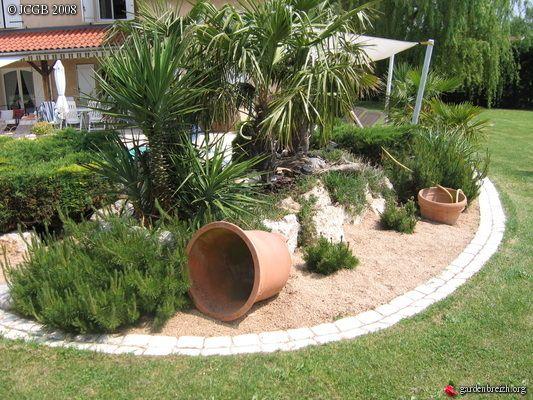 Massif De Palmiers Et Yuccas Garden An Home Pinterest Garden