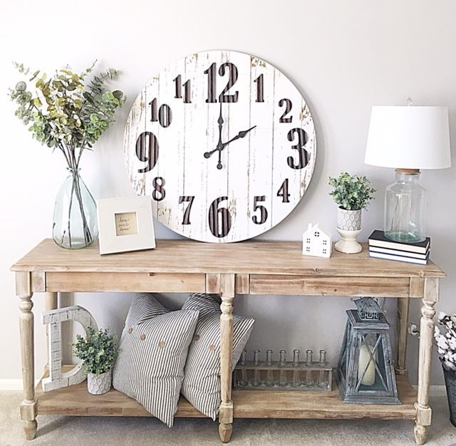 console table styling, wall clock, clock, home décor, home styling, farmhouse décor, modern farmhouse, neutral decor