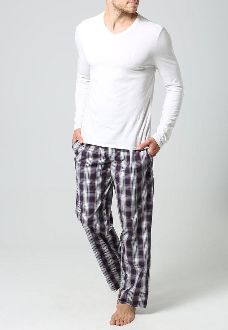 ¡Consigue este tipo de pantalón de pijama de Jockey ahora! Haz clic para ver los detalles. Envíos gratis a toda España. Jockey Pantalón de pijama red/white: Jockey Pantalón de pijama red/white Ropa     Material exterior: 100% algodón   Ropa ¡Haz tu pedido   y disfruta de gastos de enví-o gratuitos! (pantalón de pijama, pajamas, pijama, sleepwear, pyjama, short pyjama, loungepants, pijama hombre, pantalón de pijama, pyjamahose, parte de abajo de pijama, pantalon de pyjama, pantalone...